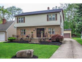 Property for sale at 1700 Lyndhurst Road, Lyndhurst,  Ohio 44124