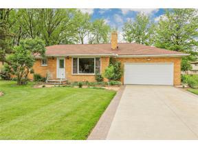Property for sale at 5800 Graydon Drive, Seven Hills,  Ohio 44131