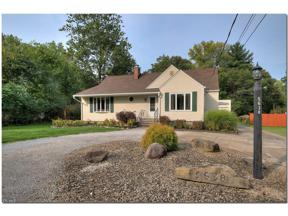 Property for sale at 5638 Mackenzie Road, North Olmsted,  Ohio 44070