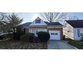 Property for sale at 4190 Eastway Road, South Euclid,  Ohio 44121