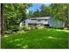 Property for sale at 7520 Muirwood Court, Chagrin Falls,  Ohio 44023