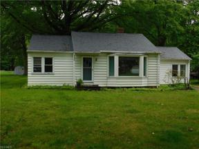 Property for sale at 6444 Crossview Road, Seven Hills,  Ohio 44131