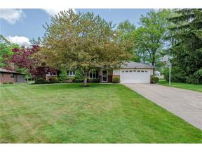 Property for sale at 1061 Belwood Drive, Highland Heights,  Ohio 44143