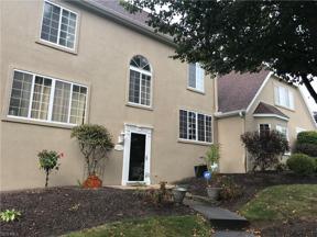 Property for sale at 10473 E Cobblestone Lane 3, Twinsburg,  Ohio 44087