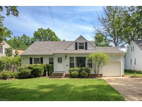 Property for sale at 5525 Dorset Road, Lyndhurst,  Ohio 44124