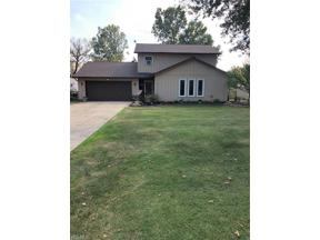 Property for sale at 5342 Barkwood Drive, Sheffield Village,  Ohio 44054
