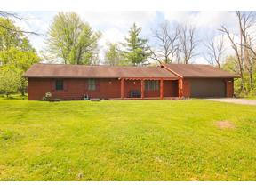 Property for sale at 1362 Mattingly Road, Hinckley,  Ohio 44233