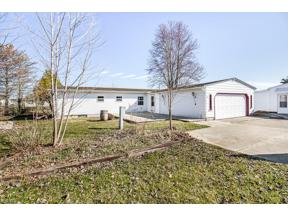 Property for sale at 44 Perch Court, Lagrange,  Ohio 44050