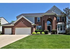 Property for sale at 425 Wilmington Drive, Broadview Heights,  Ohio 44147