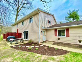 Property for sale at 8703 Fox Rest Drive 34, Brecksville,  Ohio 44141