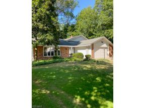 Property for sale at 1920 Bromton Drive, Lyndhurst,  Ohio 44124