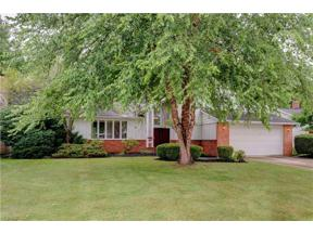 Property for sale at 5406 Kilbourne Drive, Lyndhurst,  Ohio 44124
