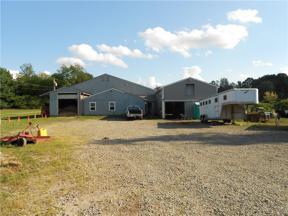Property for sale at 950 Fixler Road, Wadsworth,  Ohio 44281