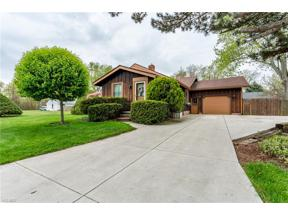Property for sale at 576 Maplewood Ave, Sheffield Lake,  Ohio 44054