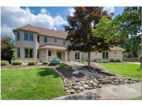 Property for sale at 10555 Cambridge Circle, North Royalton,  Ohio 44133