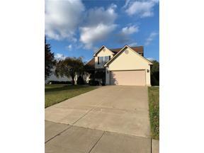 Property for sale at 866 Knightsbridge Drive, Ravenna,  Ohio 44266