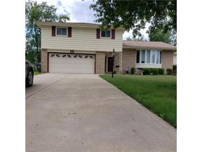 Property for sale at 6112 Park Ridge Drive, North Olmsted,  Ohio 44070