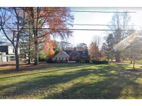 Property for sale at 200 Sterncrest Drive, Moreland Hills,  Ohio 44022