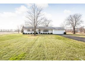 Property for sale at 15370 Indian Hollow Road, Grafton,  Ohio 44044