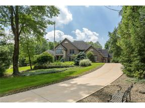 Property for sale at 10 Easton Lane, Moreland Hills,  Ohio 44022