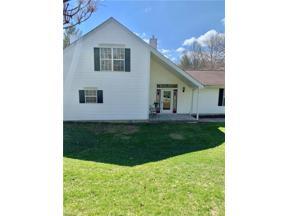 Property for sale at 7137 W Cross Creek Trail, Brecksville,  Ohio 44141