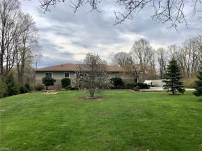 Property for sale at 2059 Ridge Road, Hinckley,  Ohio 44233