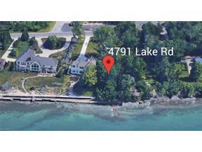 Property for sale at 4791 E Lake Road, Sheffield Lake,  Ohio 44054