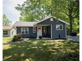 Property for sale at 319 Cove Beach Avenue, Sheffield Lake,  Ohio 44054