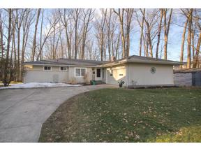 Property for sale at 60 Huntington Woods, Bay Village,  Ohio 44140