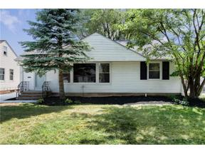 Property for sale at 1693 Gilbert Drive, Mayfield Heights,  Ohio 44124
