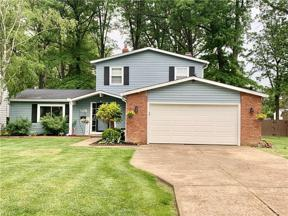 Property for sale at 6611 Louann Drive, North Olmsted,  Ohio 44070
