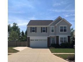 Property for sale at 1462 Easton Way, Brunswick,  Ohio 44212