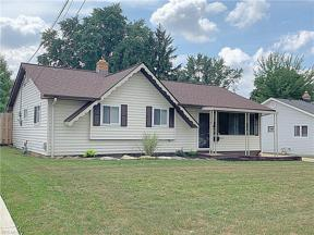 Property for sale at 13541 Dalebrook Avenue, Brook Park,  Ohio 44142