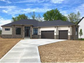 Property for sale at 2066 Lanterman Circle, Hinckley,  Ohio 44233