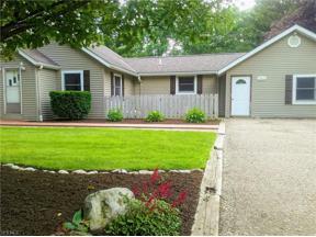 Property for sale at 15414 Lakeshore Drive, Burton,  Ohio 44021