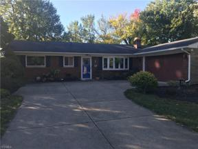 Property for sale at 312 Robin Drive, Berea,  Ohio 44017