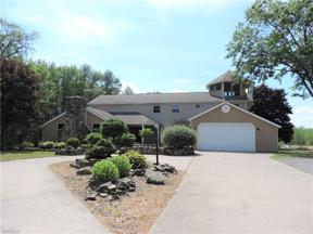 Property for sale at 17628 Mennell Road, Grafton,  Ohio 44044