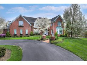 Property for sale at 230 Grey Fox Run, Chagrin Falls,  Ohio 44022
