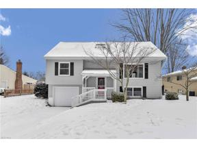 Property for sale at 26674 Locust Drive, Olmsted Falls,  Ohio 44138