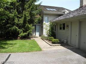 Property for sale at 6 Hampshire, Beachwood,  Ohio 44122