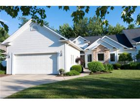 Property for sale at 412 Muirfield Drive, Highland Heights,  Ohio 44143