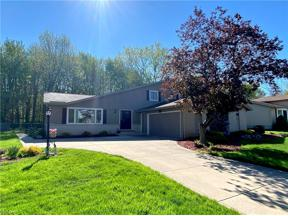 Property for sale at 7451 Lincolnshire Lane, Parma,  Ohio 44134