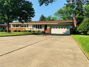 Property for sale at 7659 Alan Parkway, Middleburg Heights,  Ohio 44130