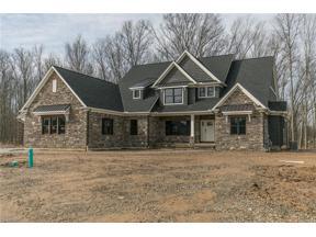 Property for sale at 1692 Bur Oak Drive, Westlake,  Ohio 44145