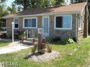 Property for sale at 4532 Edgewater Drive, Sheffield Lake,  Ohio 44054