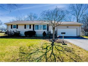 Property for sale at 800 Greenlawn Drive, Amherst,  Ohio 44001