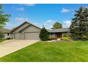 Property for sale at 32955 Pineview Circle, North Ridgeville,  Ohio 44039