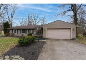 Property for sale at 340 Buckeye Drive, Sheffield Lake,  Ohio 44054