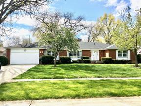 Property for sale at 362 Hamilton Circle, Elyria,  Ohio 44035