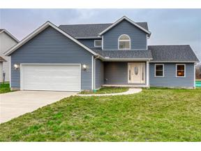 Property for sale at 237 Skyline Drive, Elyria,  Ohio 44035